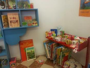 libri per bambini nella biblioteca pedagogica Bettini