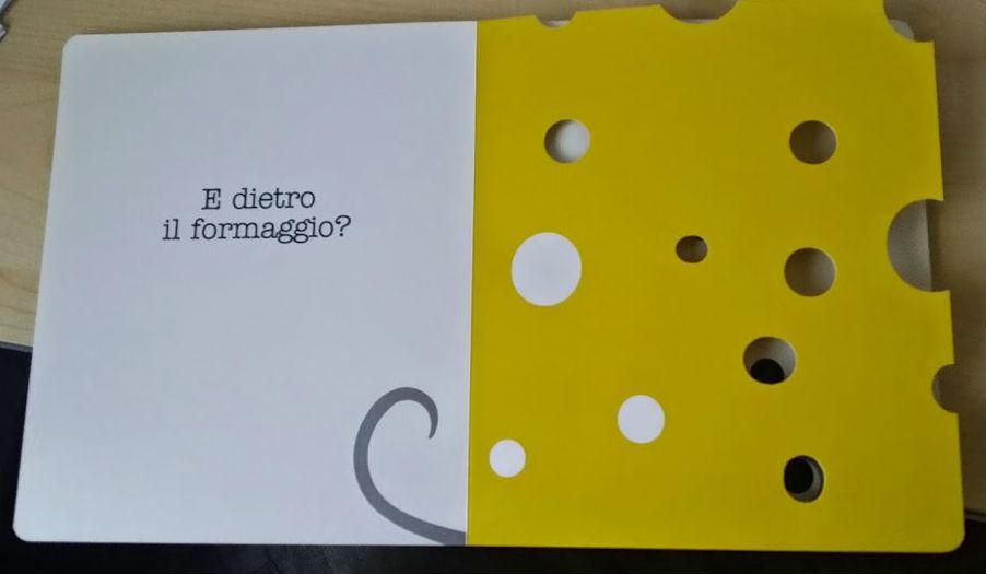 il topolino si nasconde dietro il formaggio