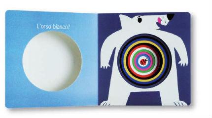 esempio di libro-gioco con i buchi