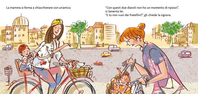 Leo in bicicletta con la mamma
