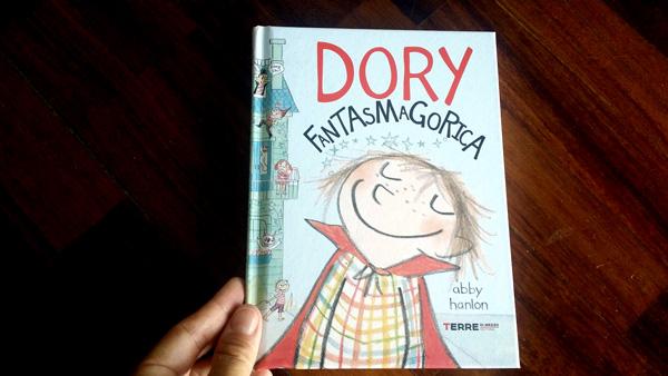 copertina di Dory Fantasmagorica