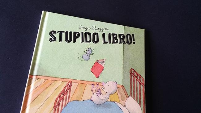 Stupido libro cover