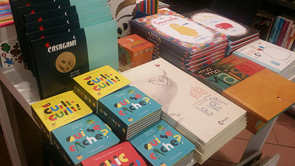 alcuni libri alla libreria francese di roma