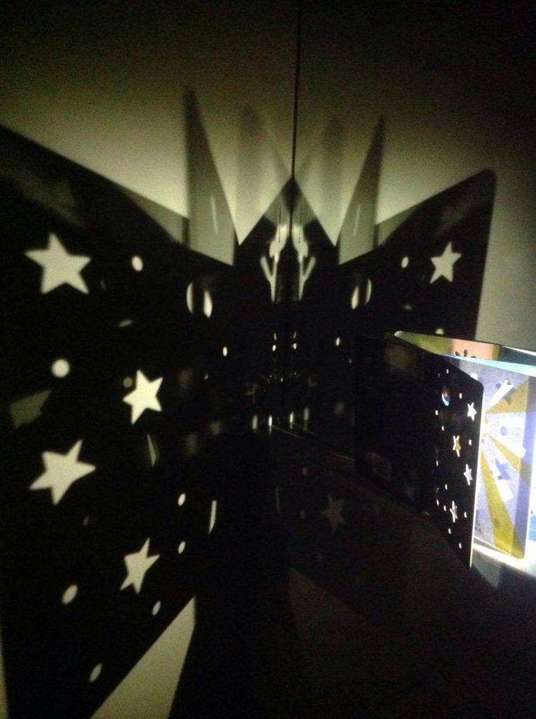 Il gioco della luce, foto di Hervé Tullet