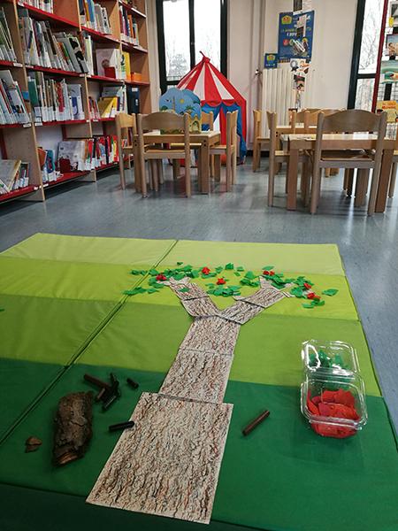 l'albero Moabi realizzato dai bambini
