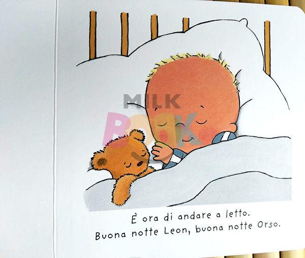 Leon dorme con l'orsacchiotto