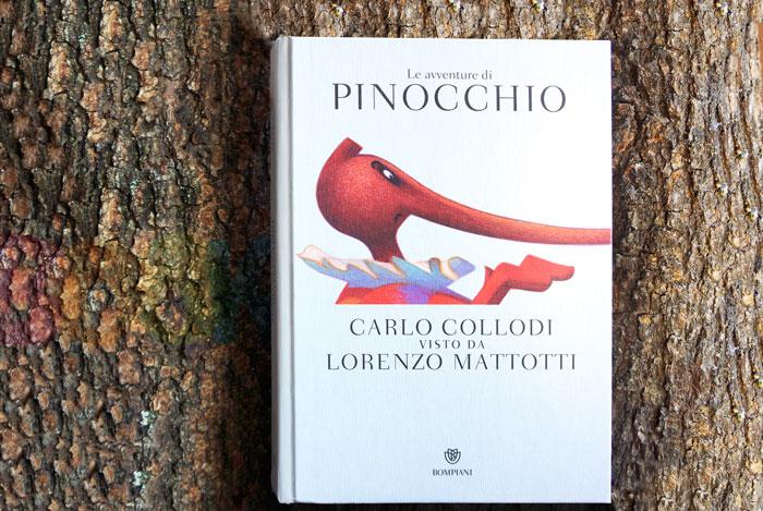 la copertina del libro Le avventure di Pinocchio, illustrato da Lorenzo Mattotti