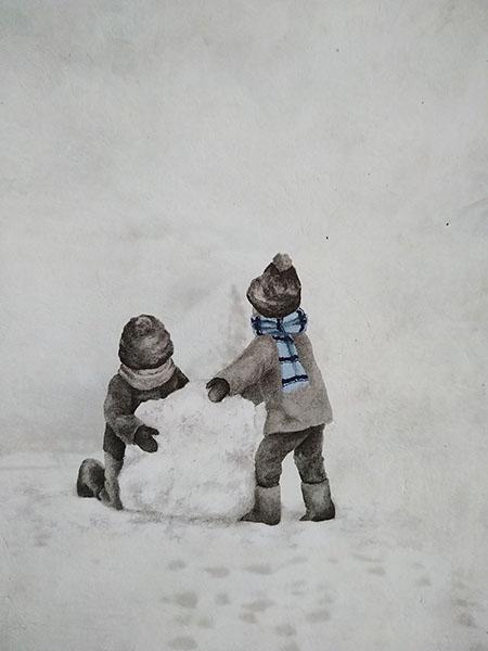 I bambini fanno un pupazzo di neve
