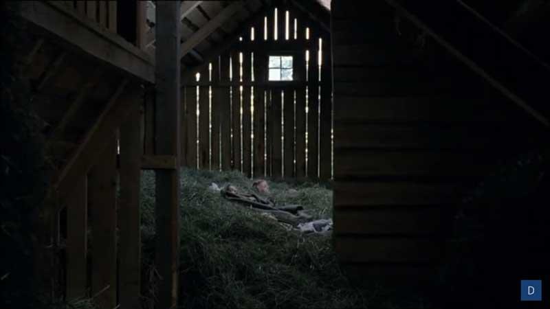 scena del film nel fienile